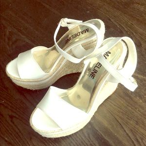 ⬜️◻️ Patent Leather Wedge Sandals ◻️⬜️